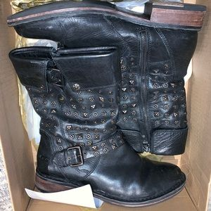 Ugg Black Leather Sole Studded Boots Size 10